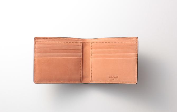 ポルタフォーリオ ピエゲーヴォレのカードポケット